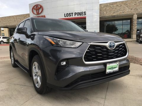 New 2020 Toyota Highlander LE FWD 4D Sport Utility