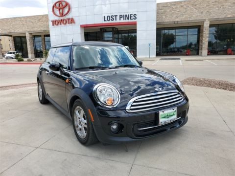 Pre-Owned 2013 MINI Cooper Base FWD 2D Hatchback